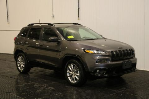 New Jeep Cherokee Latitude Tech Connect