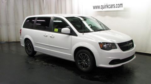 New 2017 Dodge Grand Caravan SE Plus FWD Mini-van, Passenger