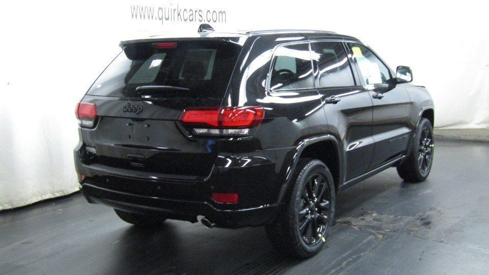 new 2017 jeep grand cherokee altitude sport utility in marshfield d5711 quirk chrysler dodge. Black Bedroom Furniture Sets. Home Design Ideas