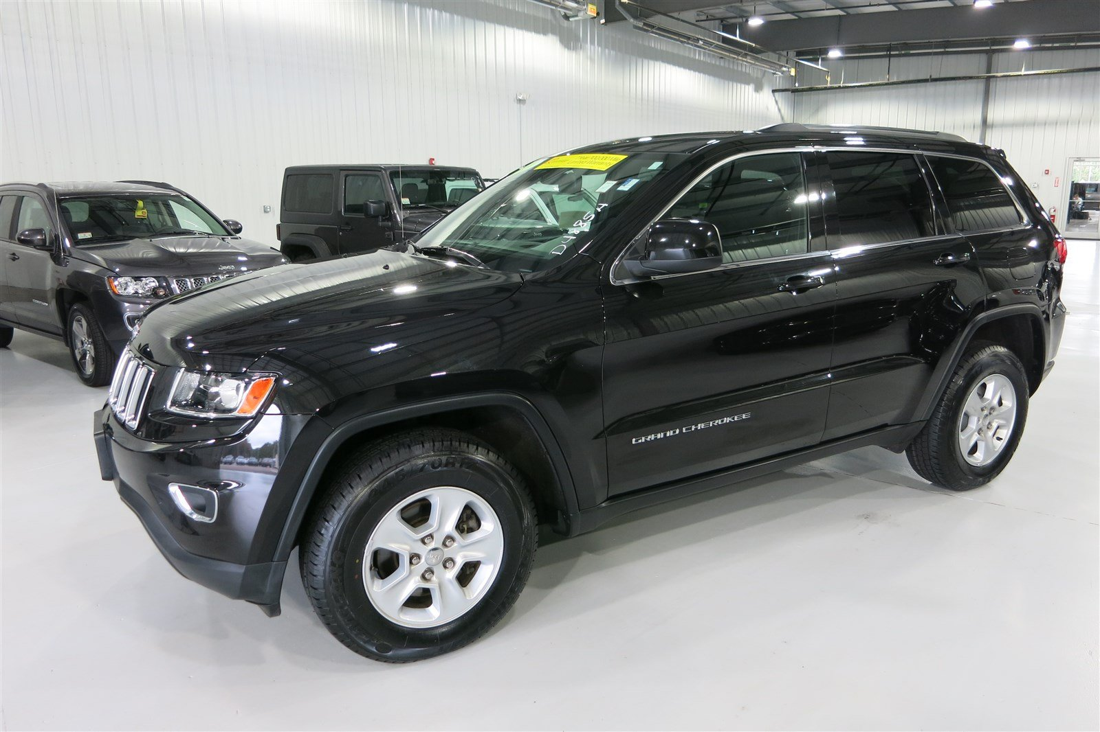pre owned 2014 jeep grand cherokee lare sport utility in marshfield d4885a quirk chrysler. Black Bedroom Furniture Sets. Home Design Ideas