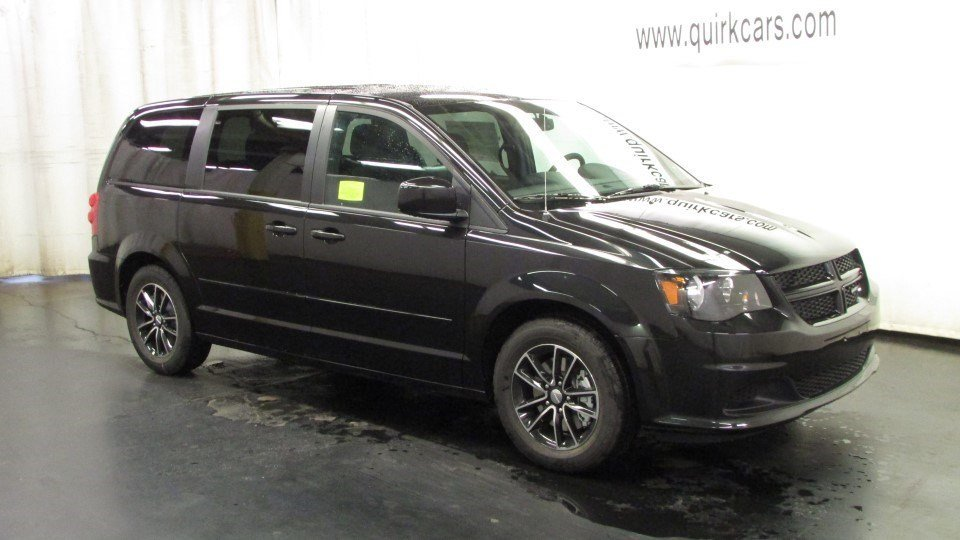 New 2017 Dodge Grand Caravan SE Plus