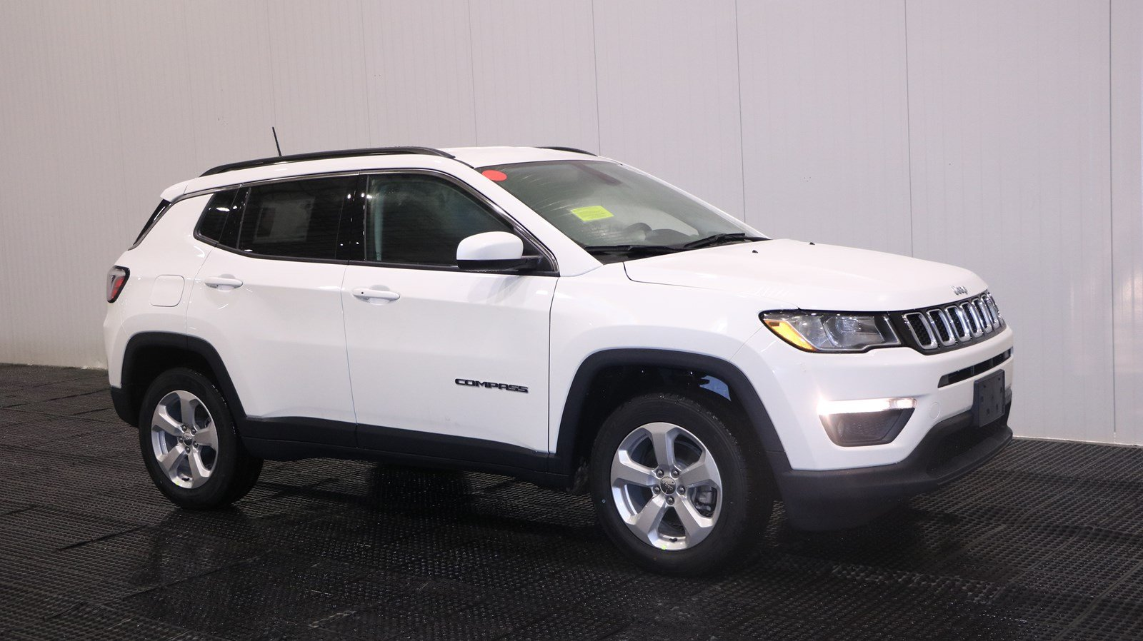 New 2018 JEEP Compass Latitude Sport Utility in MARSHFIELD ...
