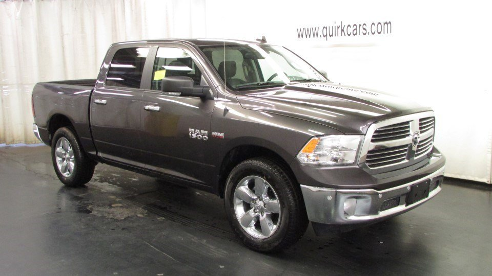 new 2016 ram 1500 big horn crew cab pickup in marshfield d5092 quirk chrysler dodge jeep ram. Black Bedroom Furniture Sets. Home Design Ideas