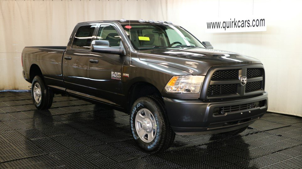 New 2018 RAM 2500 Tradesman Crew Cab in MARSHFIELD #D7094 | Quirk Chrysler Dodge Jeep Ram